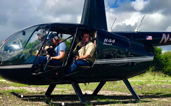 Gage Outdoor and Historic Thunderstik Lodge Heads to Texas for Helicopter Hog Hunting